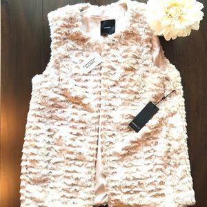 Forever 21 Faux Fur Vest Cream Sz Small